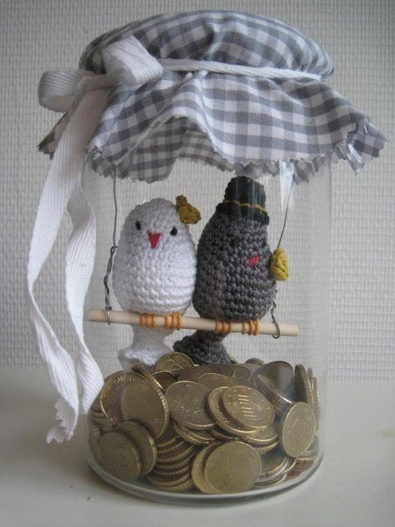 Geld met tortelduifjes