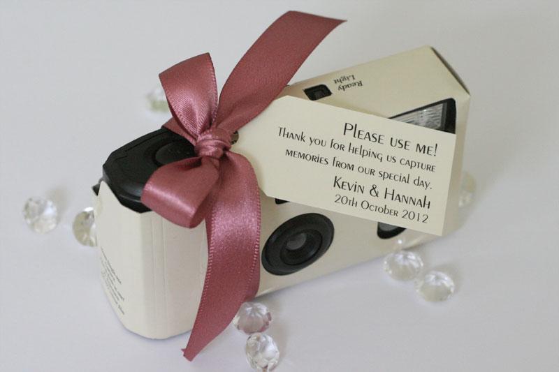 Laat de bruiloft receptie gasten foto's maken van bijzondere momenten van het feest