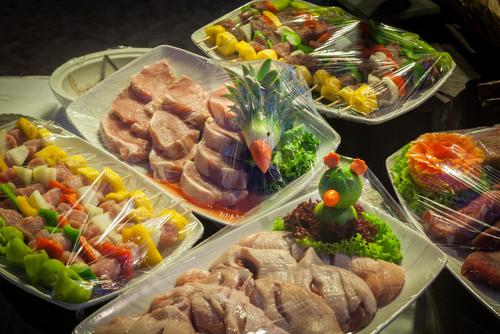 Vlees voor de BBQ op de bruiloft