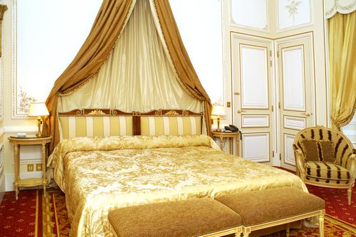 Luxe hotel cadeau bij 25 jarige bruiloft