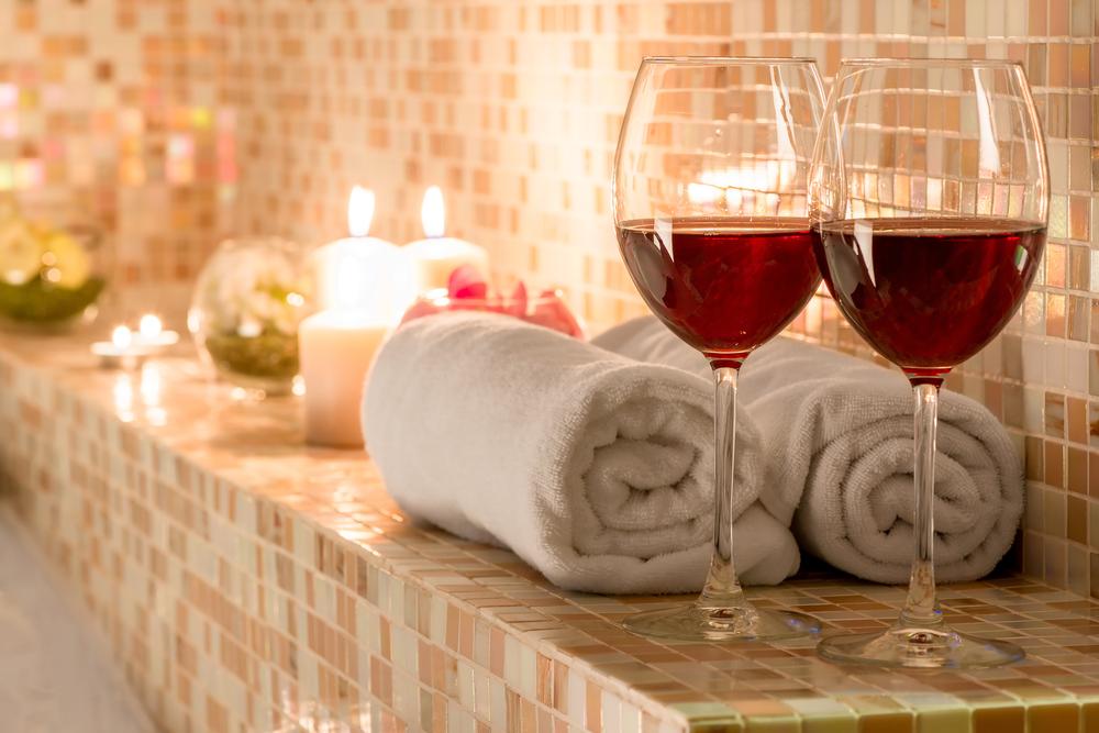 Romantische details voor romantische badkamer